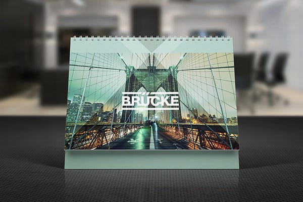 desk calendar mock up vol
