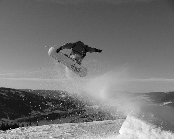 hd snowboarding picture bw
