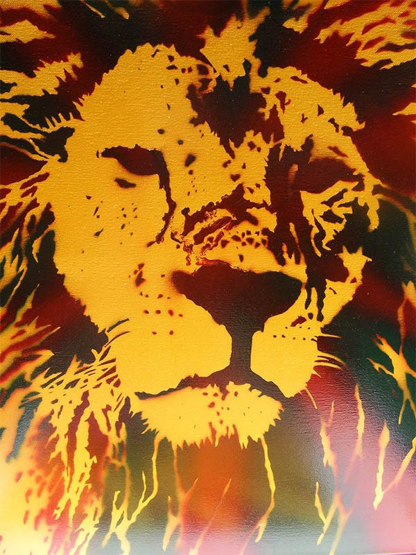king spray paint stencil art