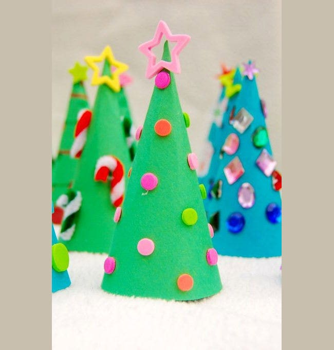 bright green paper christmas tree craft