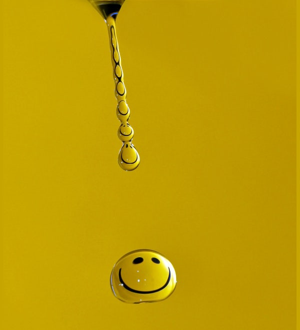 smiley water drop photography