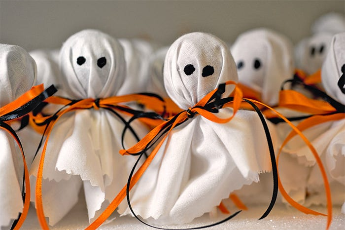creative halloween ghost photography