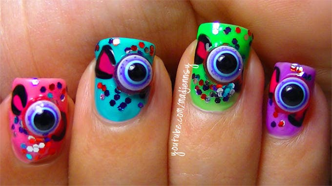 eye ball halloween design