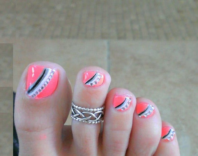 20 toe nail art designs ideas free premium templates summer toe nail art design prinsesfo Image collections
