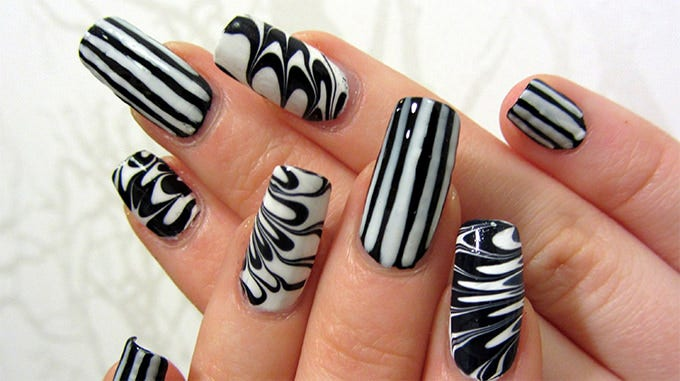 35 easy and amazing nail art designs for beginners free cool nail art design prinsesfo Gallery