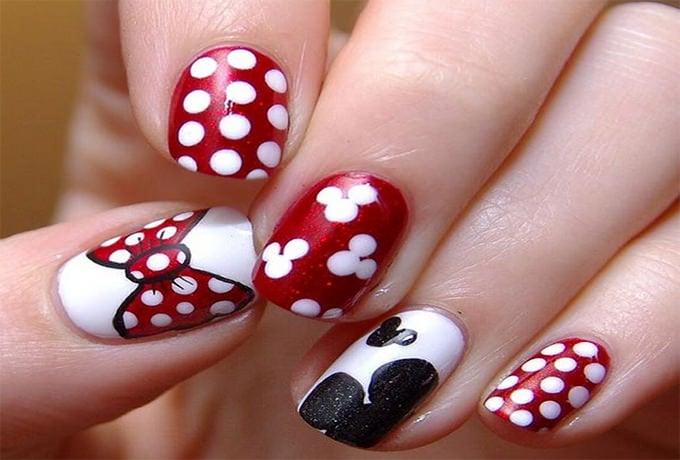 glitter acrylic nail design