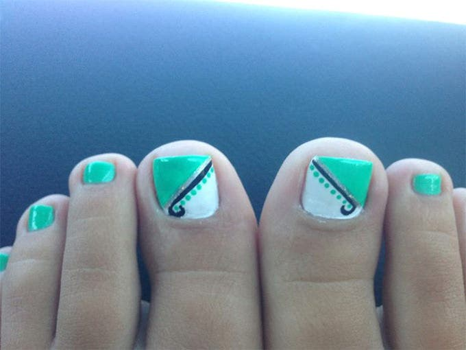 patriotic toe nail design
