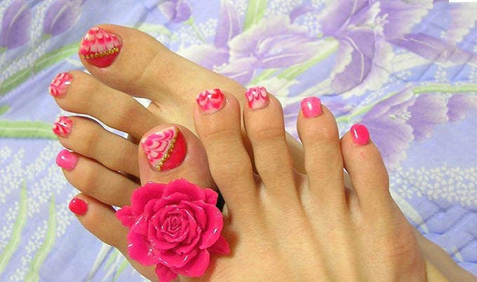 toe nail designs picture