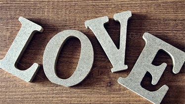 25 wooden alphabet letters to decorate your homes