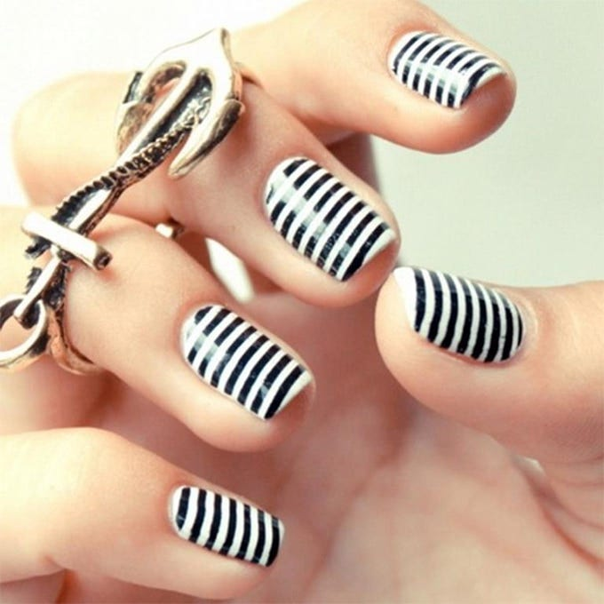 Back White Nail Art