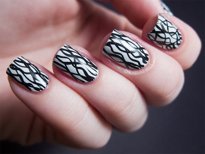black and white nails design