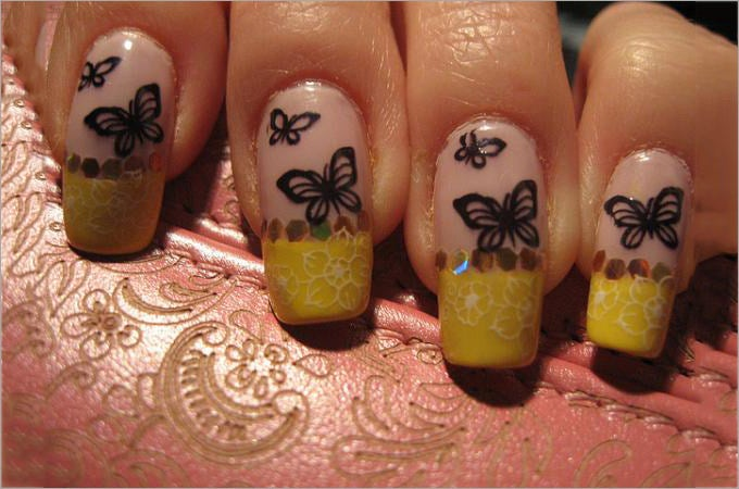 color changing nail polish design