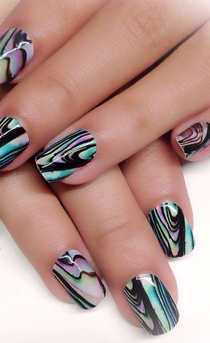 crazy marble nail art
