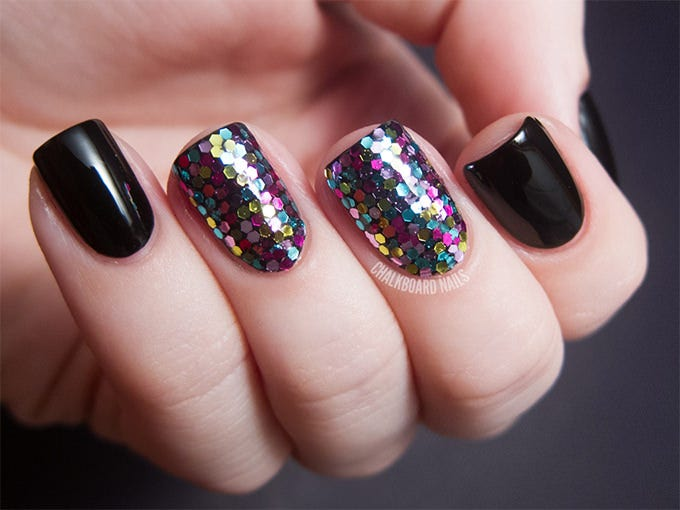 glitter crazy nail design