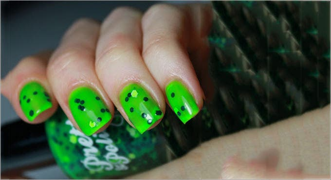 image of fall nail design