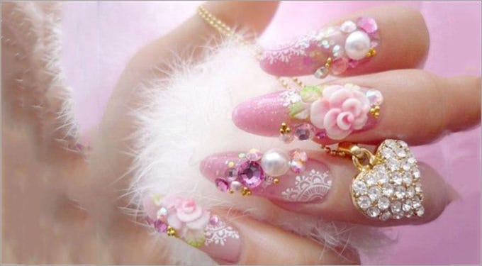 nail polish with design