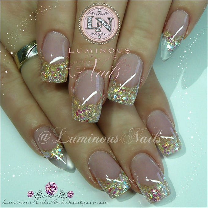 30 glitter nail designs and creative ideas free premium templates indulge in the originality of this nail art design which comprises of a faint pink body and has a thick border of beautiful golden glitter one of its kind prinsesfo Images