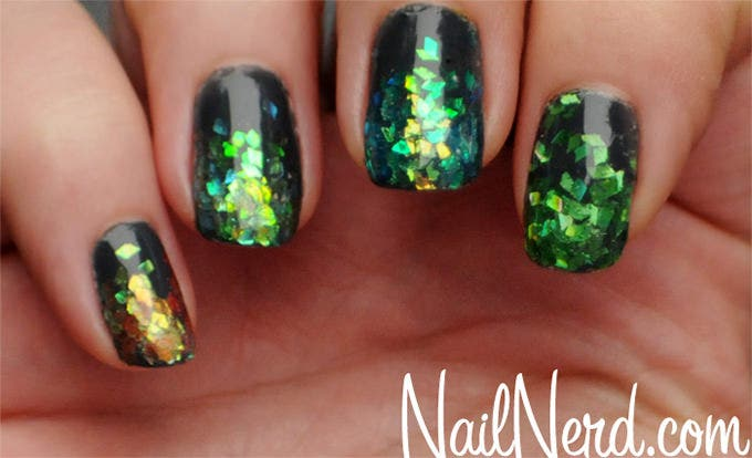 30 glitter nail designs and creative ideas free premium templates green glitter nail designs prinsesfo Choice Image
