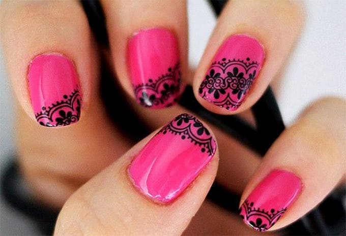 nail art design pink and black