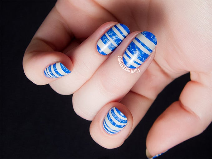 This Blue Nail Art For Short Is Very Unique And Stylish You Will Need White Gel Paints A Pointed Paint Brush
