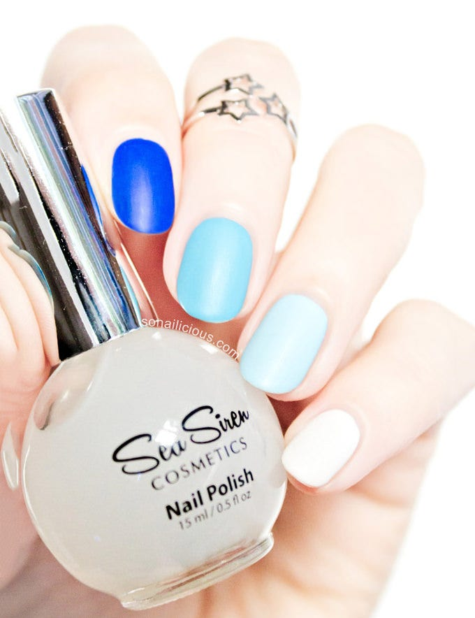 simple blue nail design 2