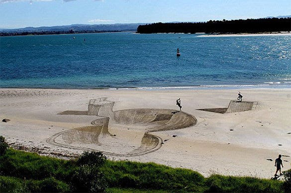 astonishing 3d beach painting
