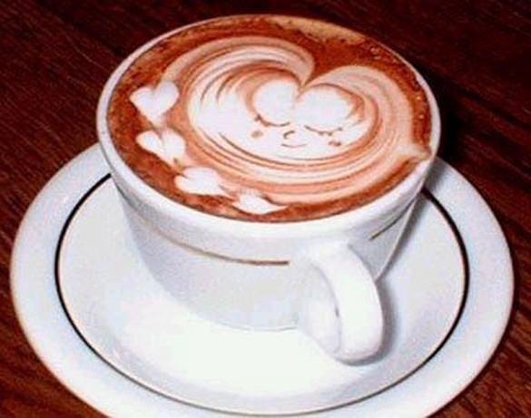 heart baby latte art