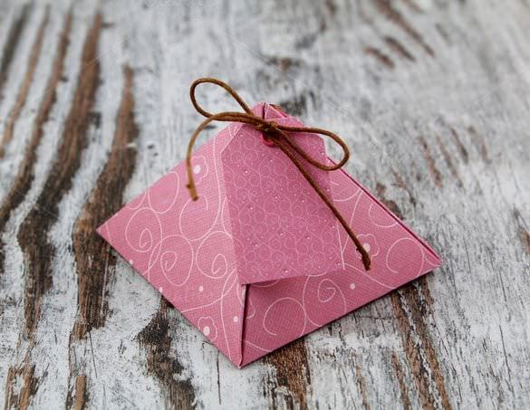 origami pyramid box
