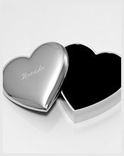 Personalized-Heart-Jewelry-Box-for-Bridesmaid
