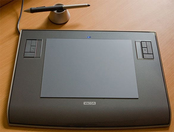 Wacom-Intuos3-A5-Drawing-Tablet-Reveiw