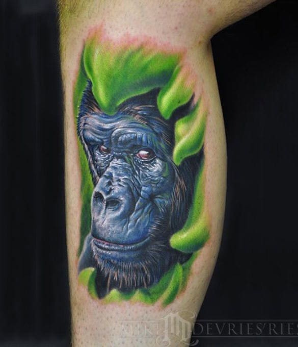 gorilla tattoo on leg
