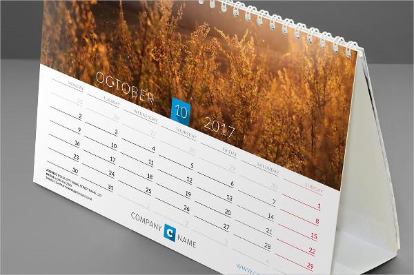 desk-calendar-2017