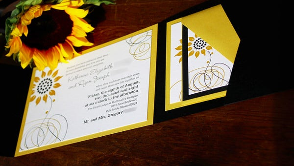 sunflowerweddinginvitation