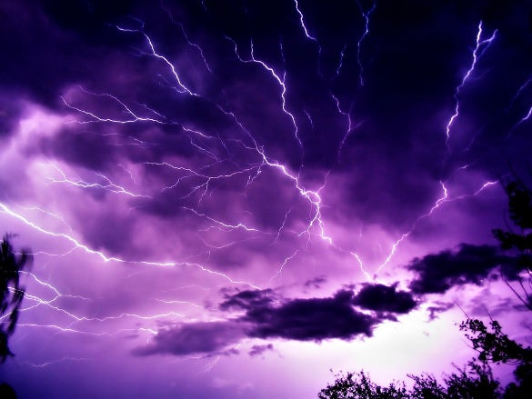 mauve sky with lightning nature wallpaper