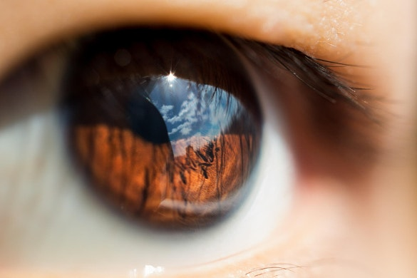 awesome reflective eye photography