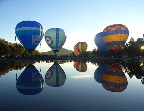 parachute wonderful reflective photography