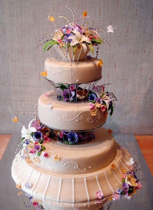 Beautiful and Creative Wedding Cake Design