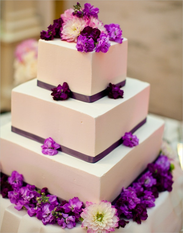 Awesome White & Purple Flower Wedding Cake Desgin