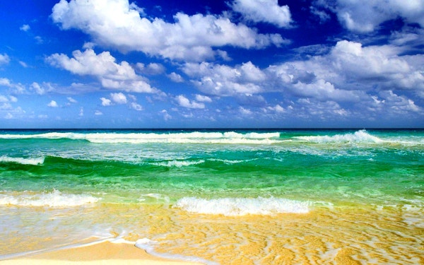 Awesome Beach Waves HD Background