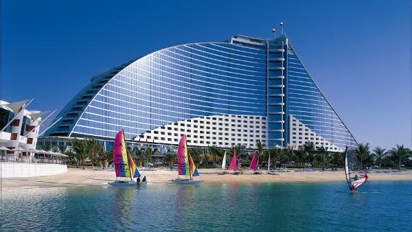 Dubai Sea Yacht Building Design