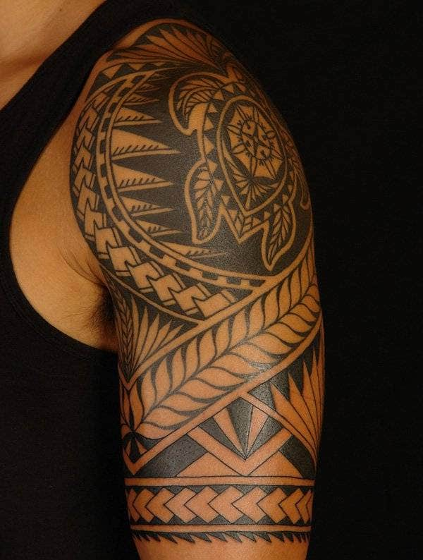 Rotuman Half Sleeve on Brendon