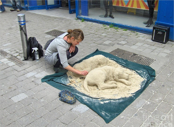 Street Sand Art