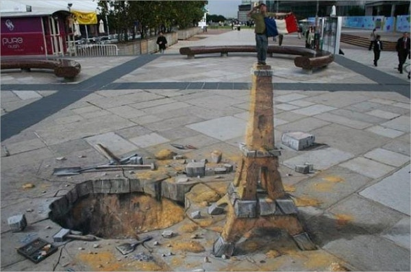 making 3d street art in a fun