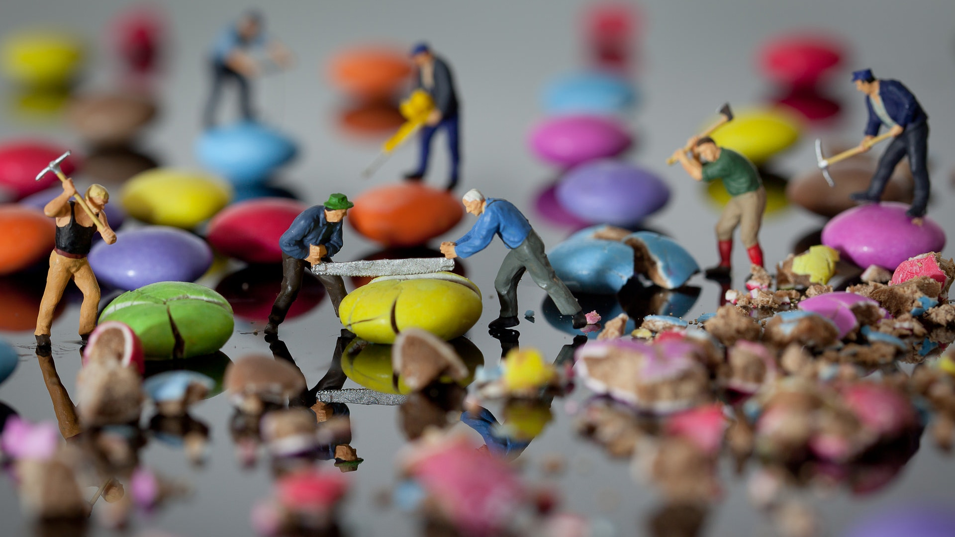 20  amazing miniature art photography