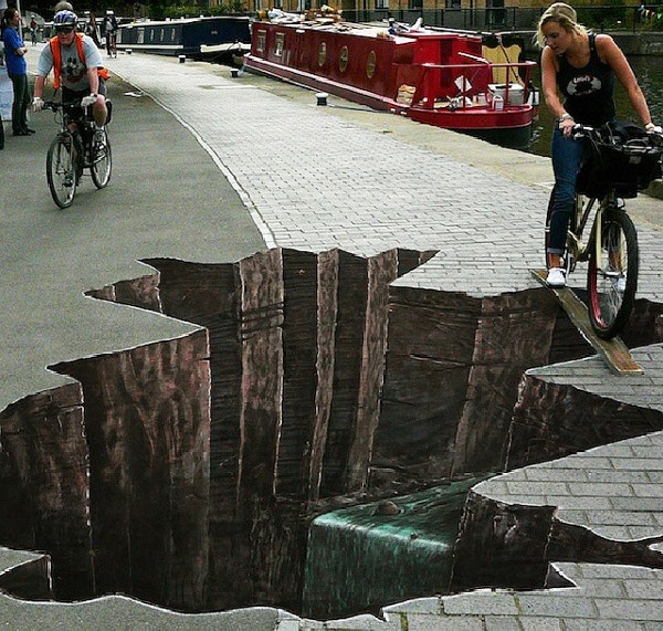 3d-art-illusion-painted-on-road