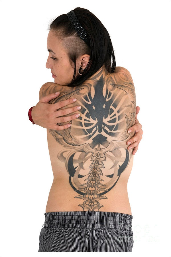 woman with large tattoo