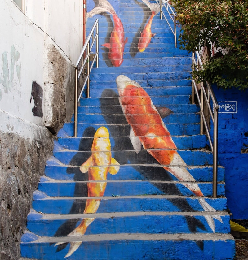 3d artwork on steps