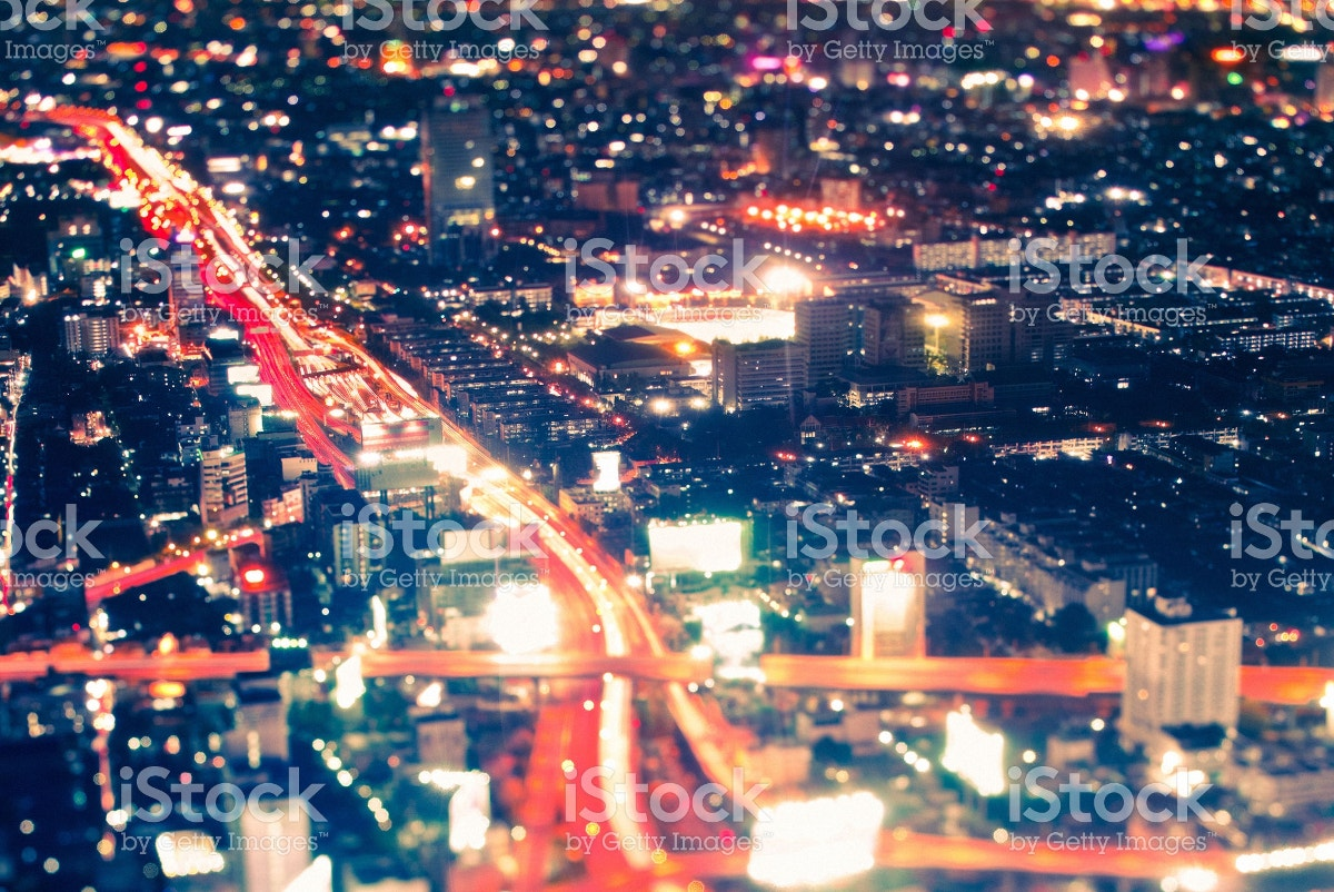 Cityscape by Night with Tilt Shift Lens