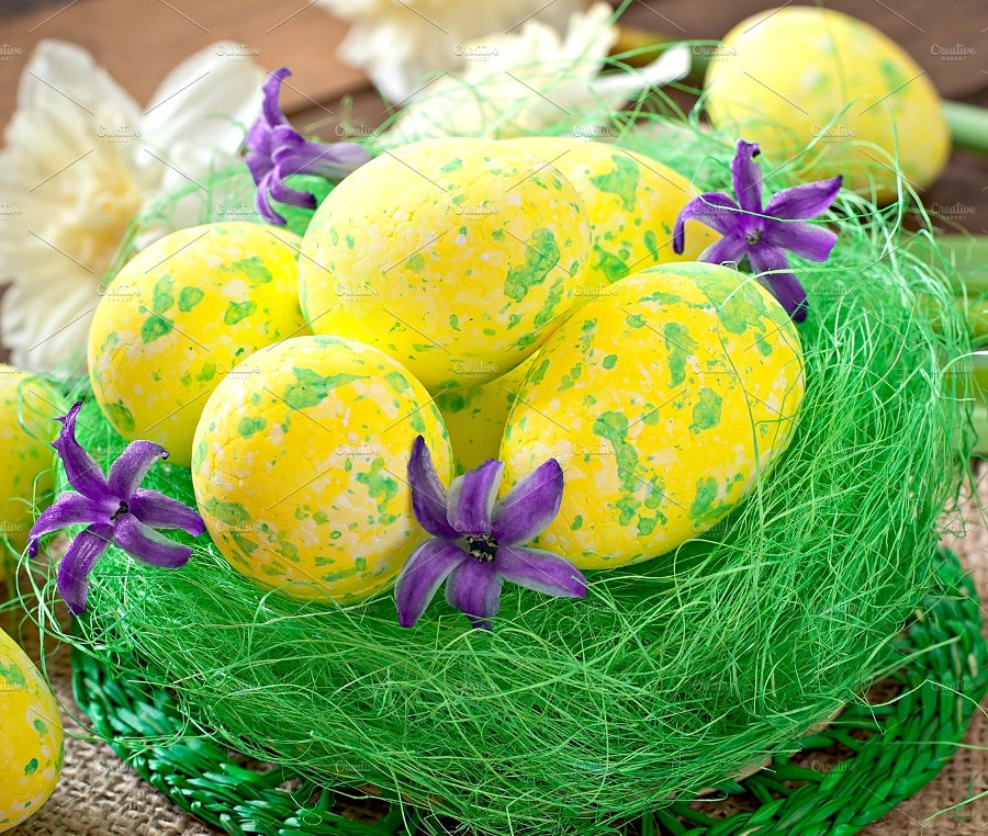 easter eggs decorated with flowers