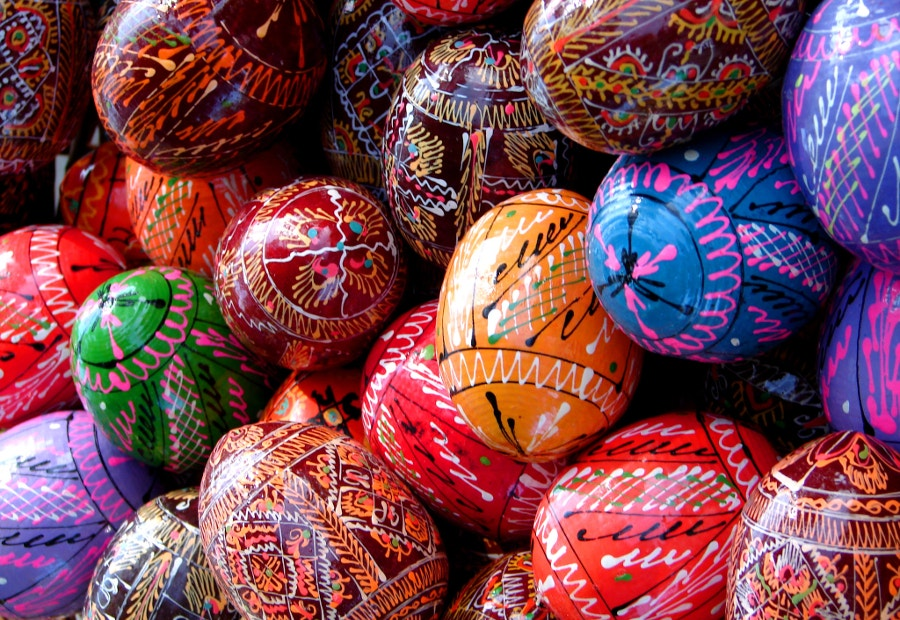 beautiful easter eggs design